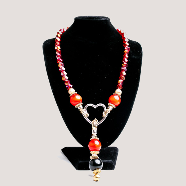 Empirical-Necklace-3