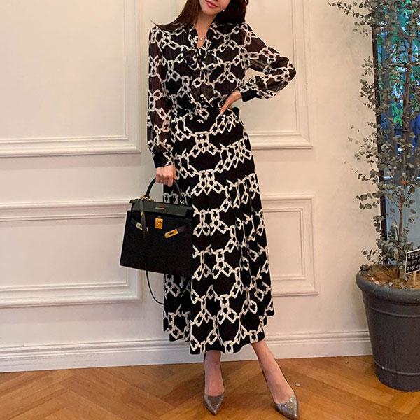 Anna-Belted-Geometric-Dress-3