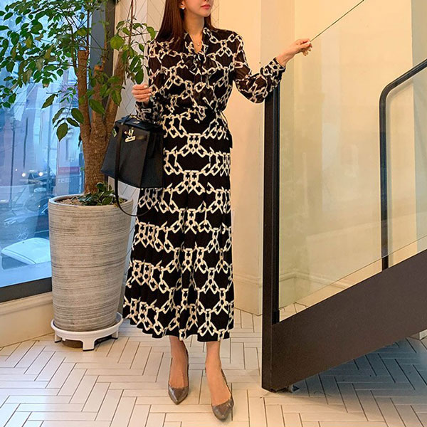 Anna-Belted-Geometric-Dress-4